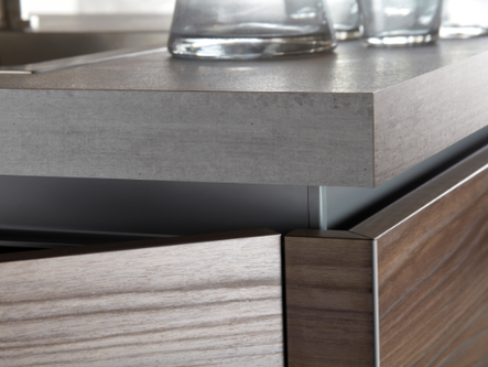Bespoke Kitchen Contemporary Handle-less, J-handle and Slab